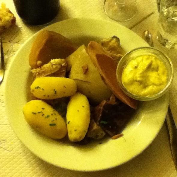 Tête De Veau Sauce Gribiche @ Le Bouillon Chartier