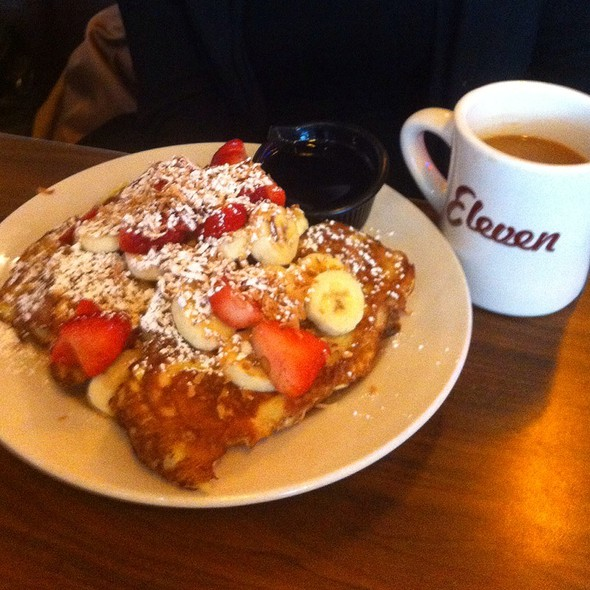 Eleven City French Toast @ Eleven City Diner
