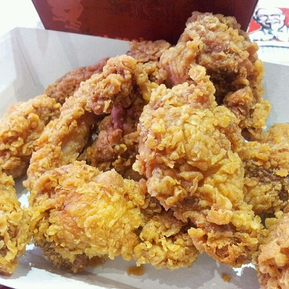 Hot Wings @ KFC