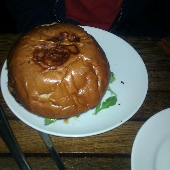 Truffle Burger @ Fraiche