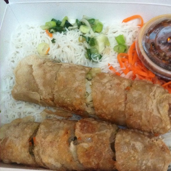 Vegetable imperial rolls with vermicelli @ Sunflower Authentic Vietnamese Restaurant