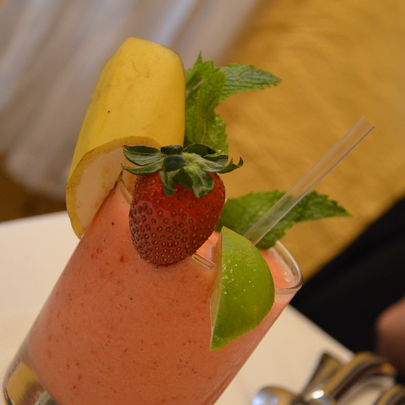 banana and strawberry juicy @ The Ivy