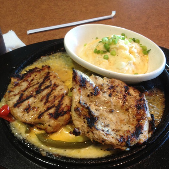 Sizzling Chicken And Cheese @ TGI Friday's Inc