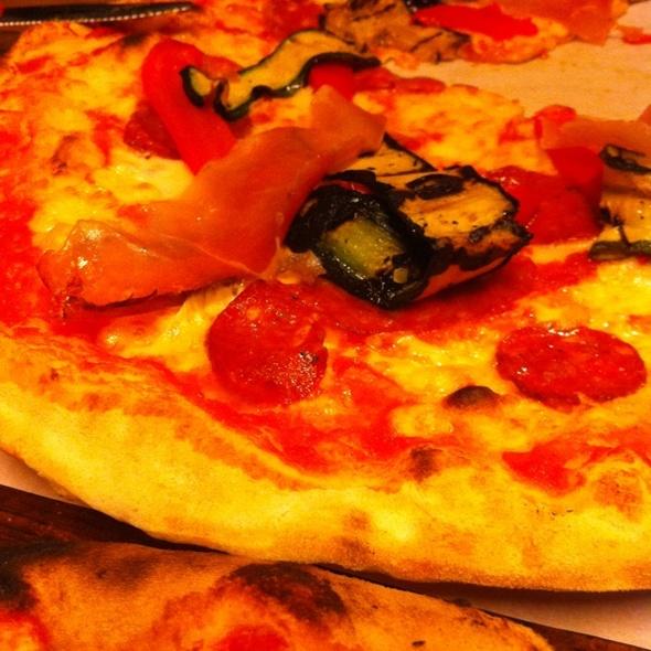 Zucchini, Salami, Pepperoni Pizza @ Casolare Trattoria