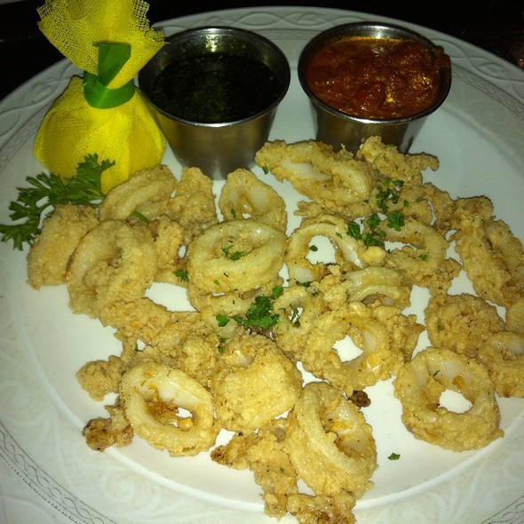 Fried Calamari - Ristorante Divino, Columbia, SC