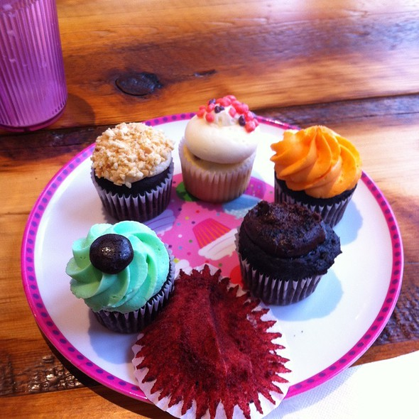 Vegan Cupcakes @ My Little Cupcake