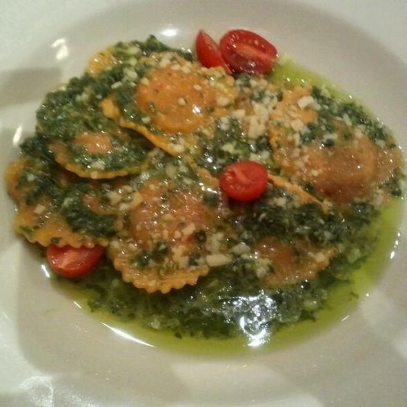 Sweet Onion And Chard Ravioli With Arugula Pesto @ Haute Stuff