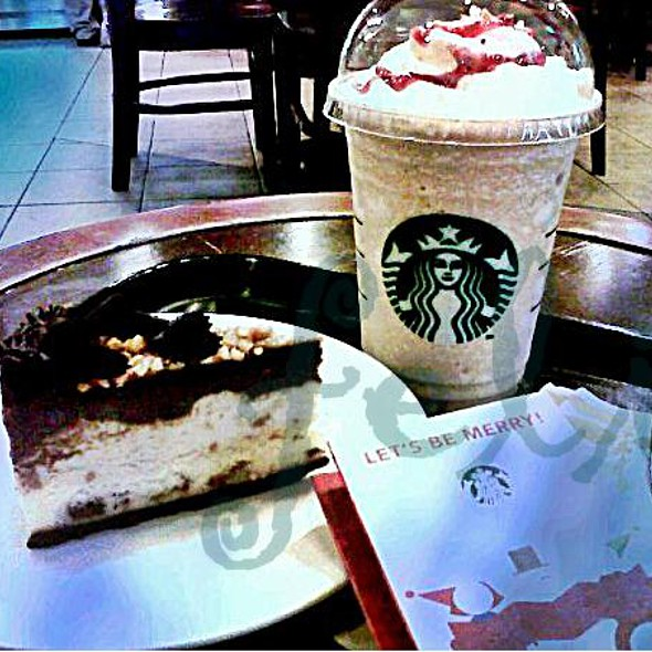 Triple Decker Cheesecake with Snickers @ Starbucks Coffee, Eastwood City Walk 2
