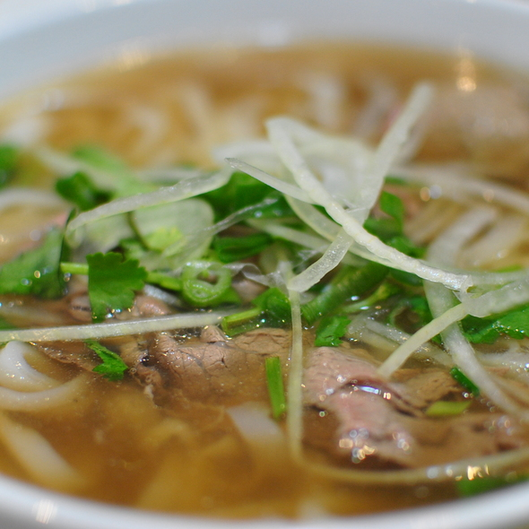 Pho Tai @ Bau Truong Restaurant