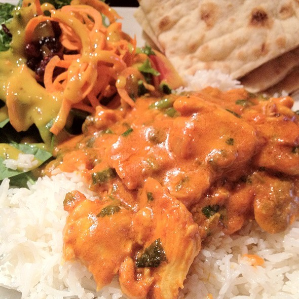Butter Chicken With Rice And Naan @ Diana Downtown