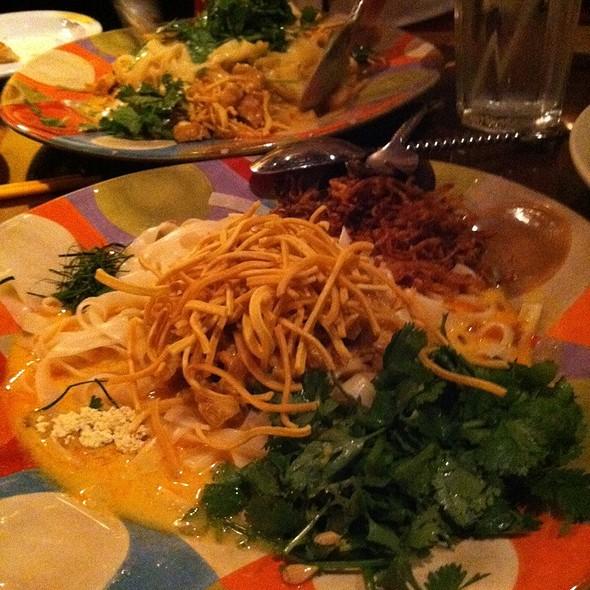 Burmese Style Noodles @ Mandalay Restaurant