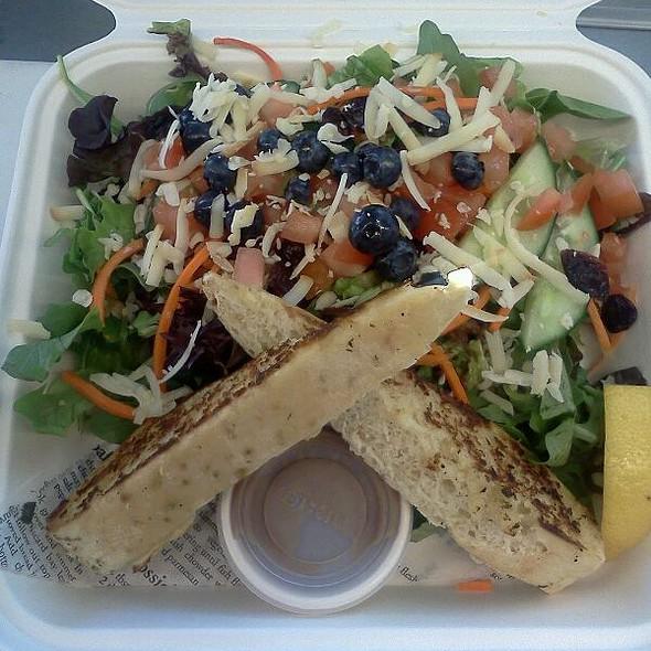 House Salad @ Joe's Seafood Bar