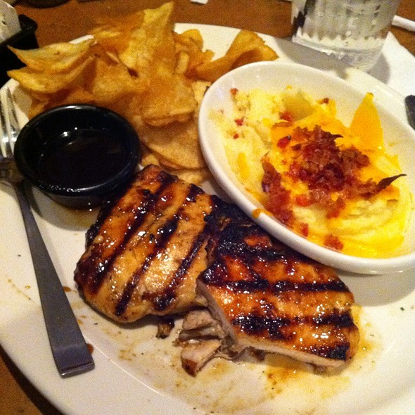 Jack Daniel's Chicken With Loaded Mashed Potato's And Homestyle Chips @ Tgi-Fridays Bayonne,Nj