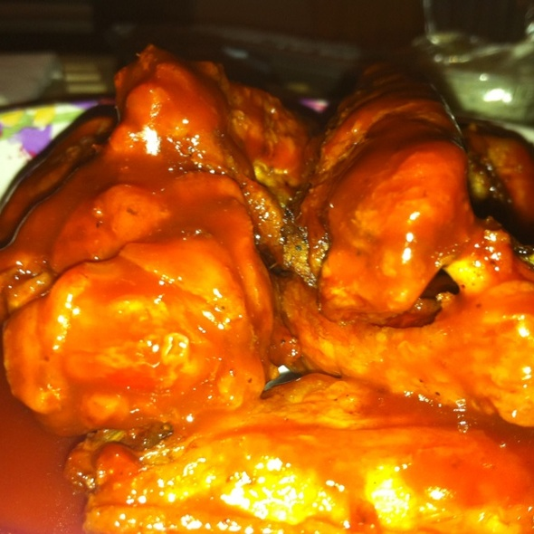 Extra Spicy Chicken Wings @ Pluck U