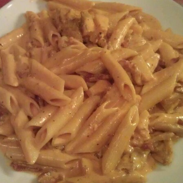 Penne With Chicken, Bacon And Pineapple In A Curry Cream Sauce @ La Vita Pizza & Restaurant