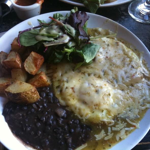 Huevos rancheros @ Cafe Condesa
