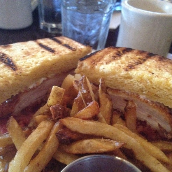 Crispy Chicken Sandwich @ North Third Restaurant