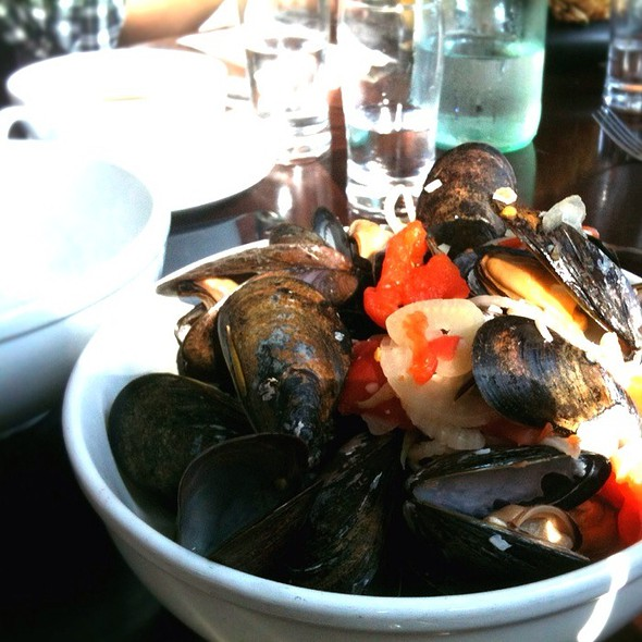 Mussels in Tomato Sauce @ Westport Cafe and Bar