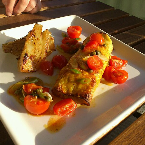 Corn Cake Stuffed With Squash, Gabrell Chesse, Leek. Served With Braised Fennel And A Tomato And Caper Salad. @ Cafe Paradiso