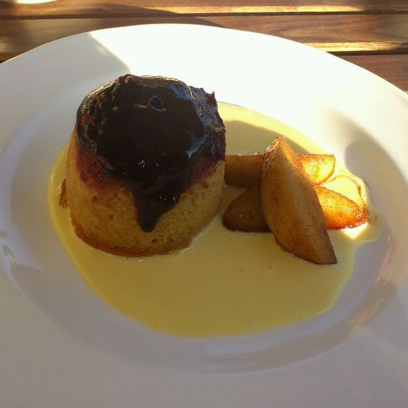 Damson Pudding With Carmalised Apples And A Calavados Custard @ Cafe Paradiso