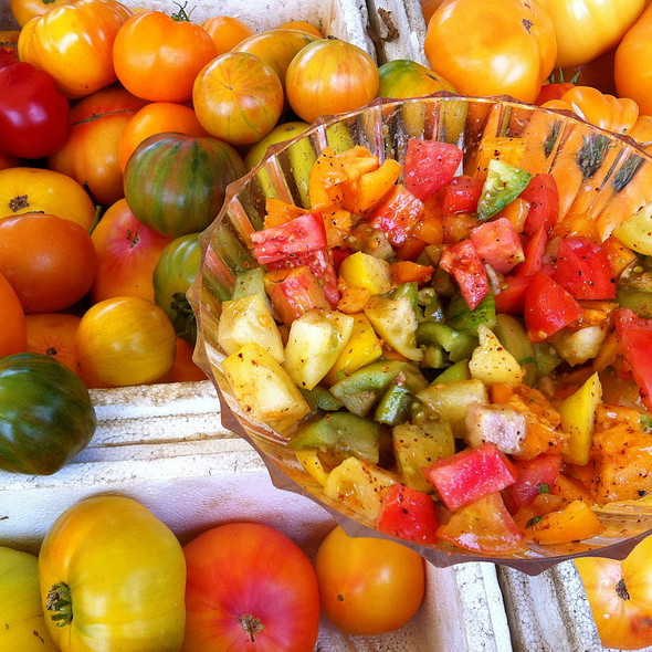 Heirloom Tomatoes @ Hillcrest Farmers Market