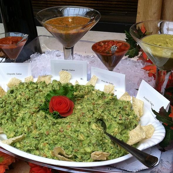 Guacamole And Salsas - Allgauer's, Lisle, IL