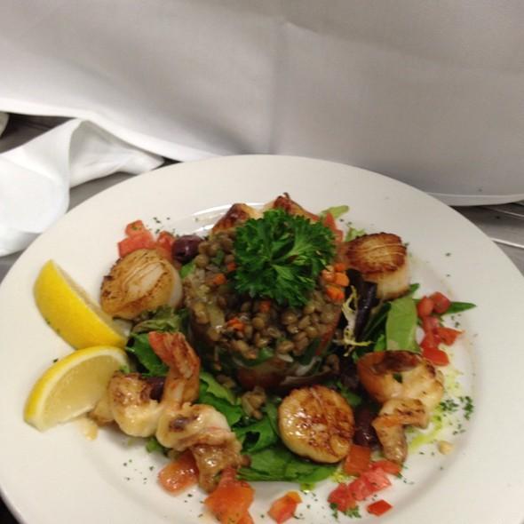 Seafood Nicoise Salad - Sammy's Downtown Bistro, Bronxville, NY