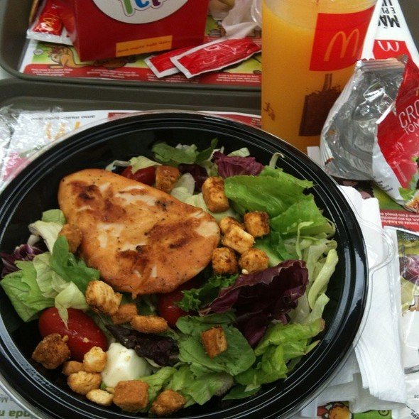 Premium Salad Grill @ Mc Donalds Shopping Continental