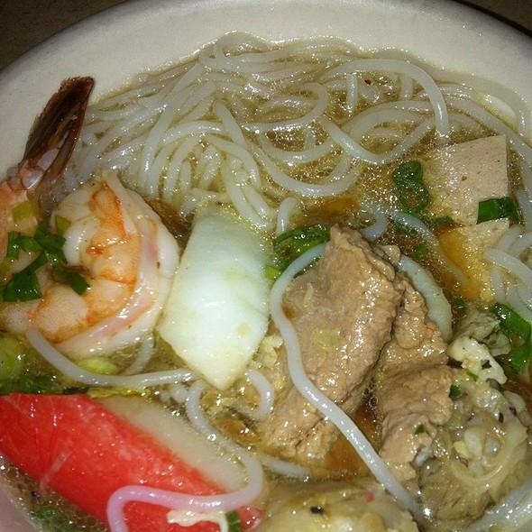 Close Up Of Hot Pot @ Pho Grand Restaurant
