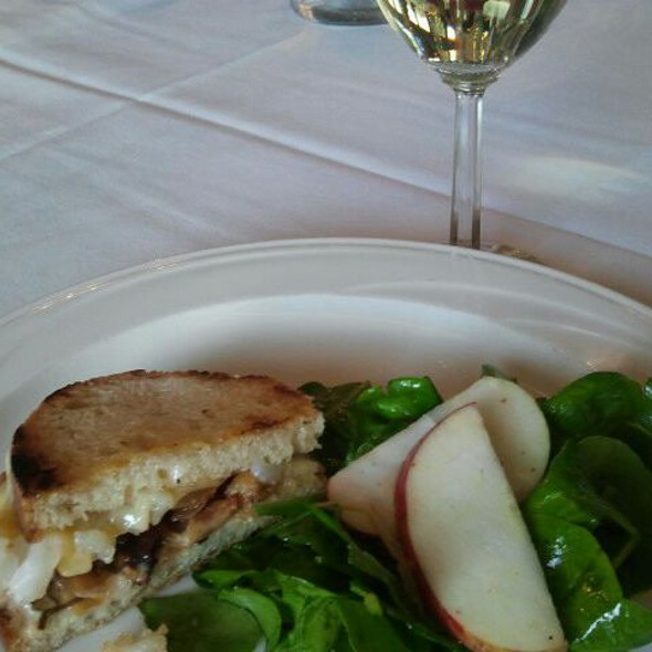 Butter Poached Lobster Grilled Cheese @ Cafe Champagne @ Thornton Winery