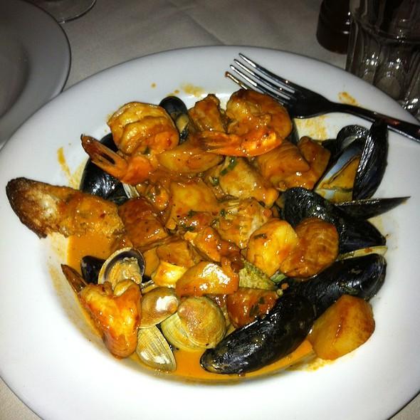 Tuscan Seafood Stew @ Centolire