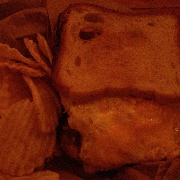 Ny State Cheddar Grilled Cheese @ Earl's Beer And Cheese