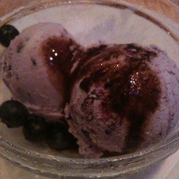 Blueberry Ice Cream @ Kraftwork