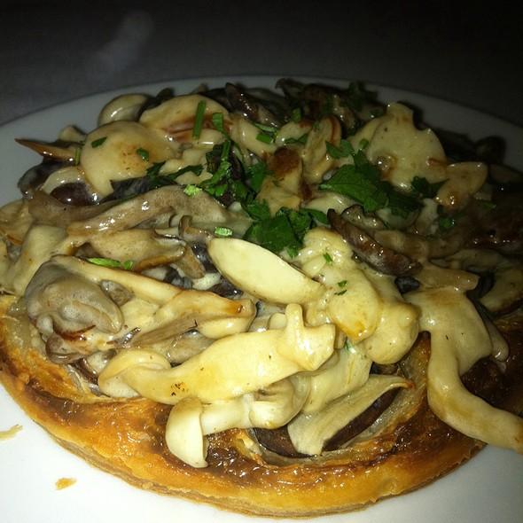 Mushroom Tartlet @ Piperade