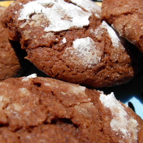 Chocolate Crinkle Cookies @ HealthFood Stalker
