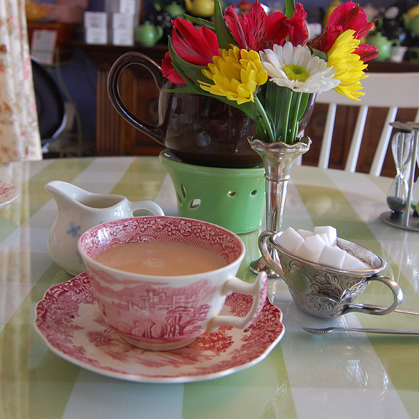 Peach and Ginger Tea @ Wilmington Tea Room