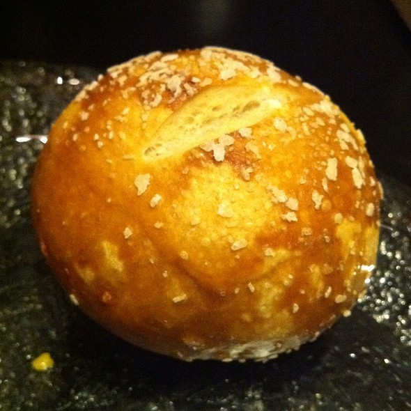 Pretzel Roll @ Vino Nadoz Wine Bar