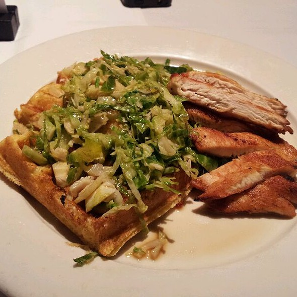 Chicken and Waffles @ Dream Cafe The