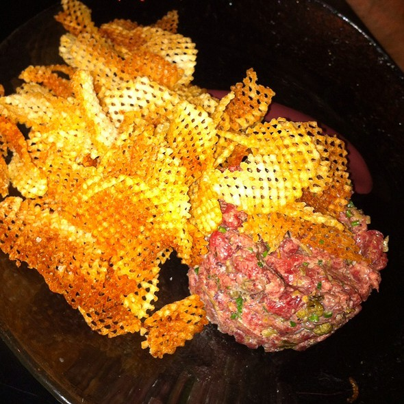 steak tartare @ Vino Nadoz Wine Bar