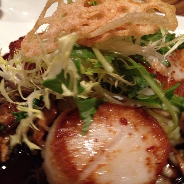 Seared Dayboat Scallops @ Txoko