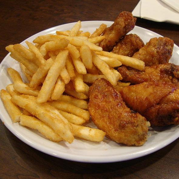 Bonchon Chicken @ Bon Chon