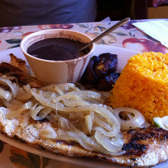 Pechuga De Pollo A La Plancha (Grilled Chicken Breast) @ El Siboney Restaurant