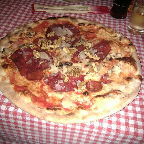 Pizza Incredible @ I Due Forni