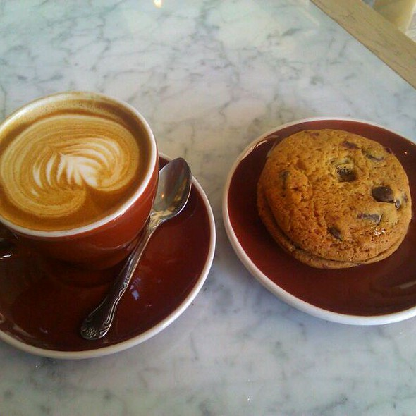 Cappuccino @ Ost Cafe