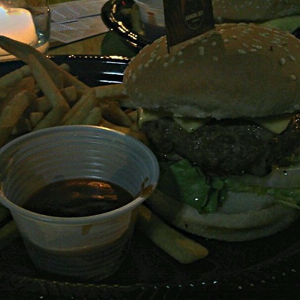 Burger With Jack Cheese And Oven Fries @ Banana Jack