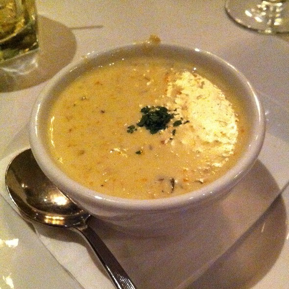 Charleston She-Crab Bisque @ Mere Bulles
