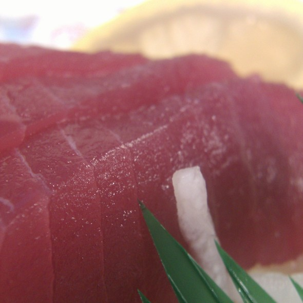 Tuna Sashimi @ Ito Sushi and Noodle