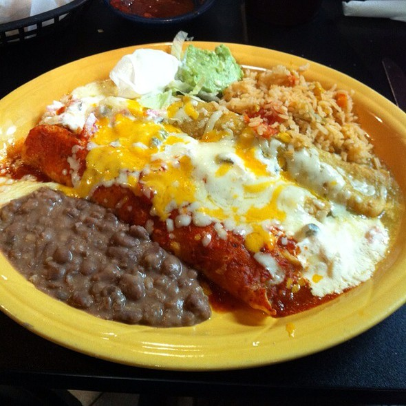 Bandera Enchilada Plate