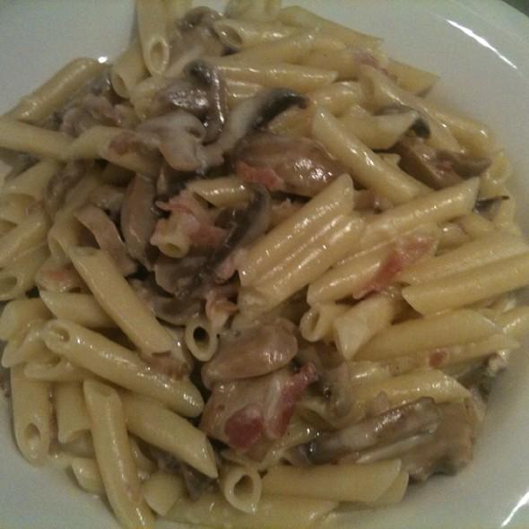 Pasta Carbonara @ Hotel Zen Balagares
