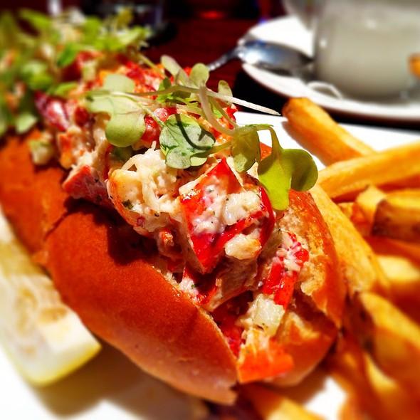 lobster roll - American Tap Room - Reston, VA, Reston, VA